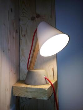 suite bleue lampe béton