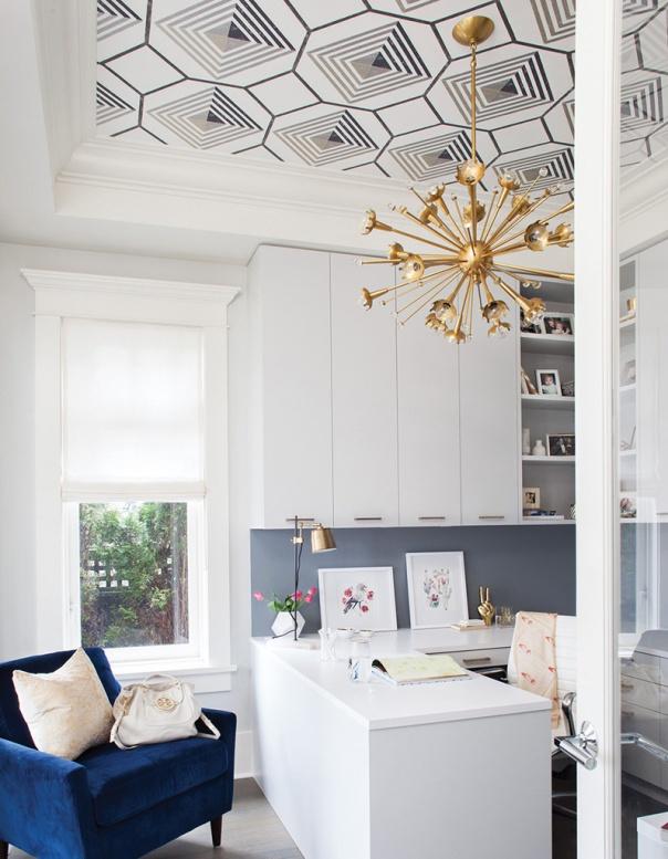tapisserie au plafond